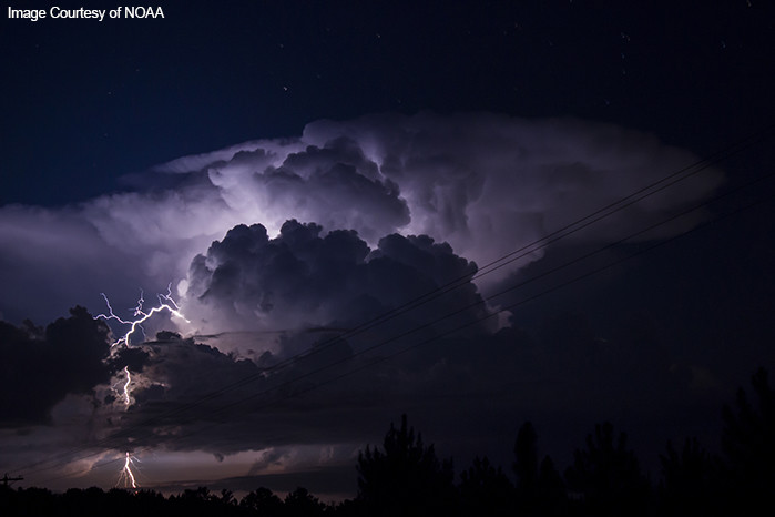 Thunderhead with lightning, in Florida